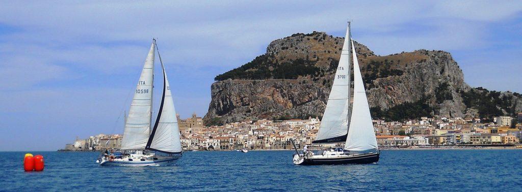 Wind Blue ITA3700 di Riccardo Coco (CVS) al traguardo della Regata dei Borghi più Belli d'Italia del 2014
